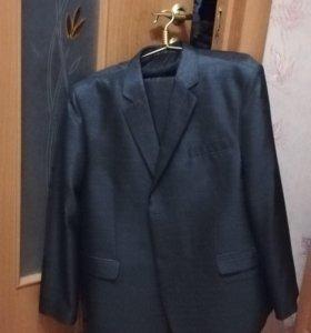 Новый мужской костюм 58-62