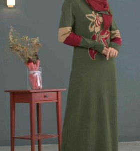 Платья с шарфом