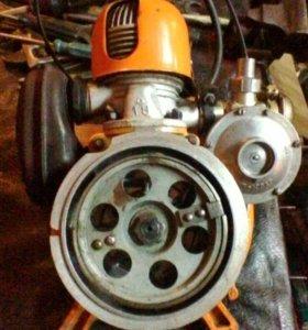 Двигатель для бензопилы