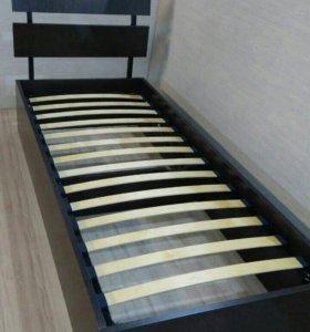 Кровать с подъемным основанием