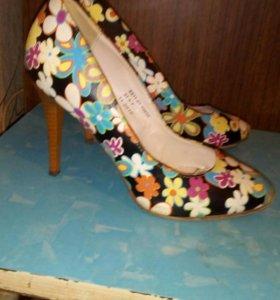 Обувь 37,5 р