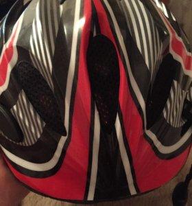 Шлем для роликов fila