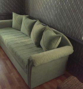 диван б/у в хорошем состоянии