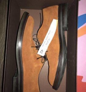 Ortigni новые мужские замшевые туфли из Италии 42р