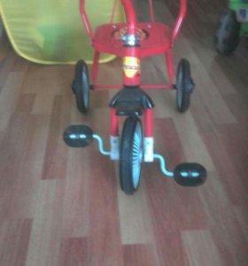 Велосипед детский 3х колесный.