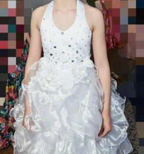 Нарядные платье для девочки