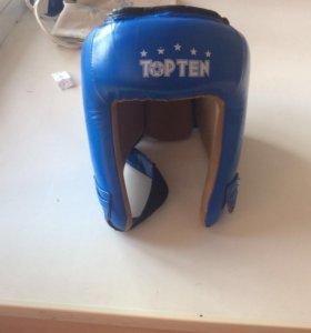 Новый боксёрский шлем