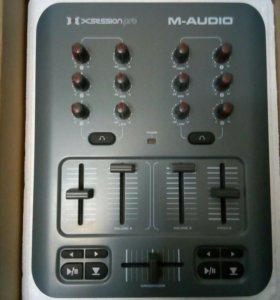M-Audio X-Session Pro Midi DJ