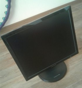 Samsung Монитор 19 дюймов