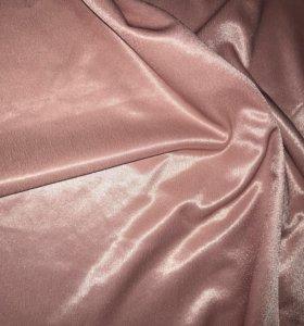 Ткань атласная розовая около 2,5 м на 1 м