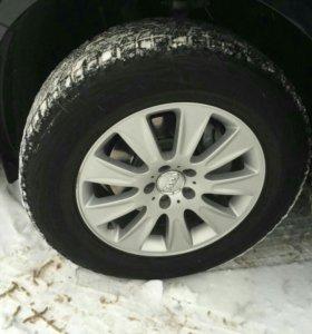Продам колеса от Ауди ку5 235/65*17 зимние нешипов