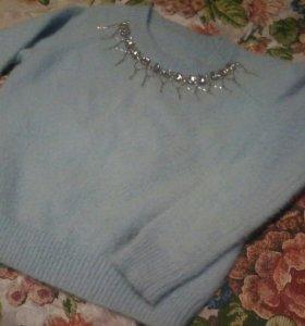 Ангорка свитерок