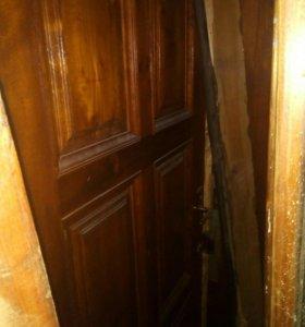 Дверь деревянная входная