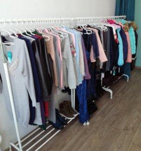 Кофты, платья, куртки новые распродажа