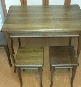 Дубовый стол и стулья