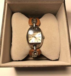 Часы Gucci Marina Chain