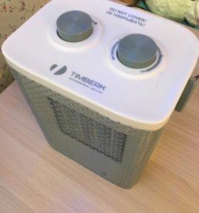 Продам новый тепловой вентилятор за 1300рб.