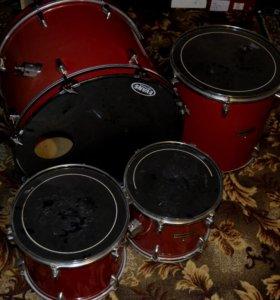 Продаю барабанную установку