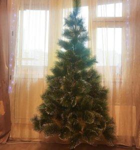 Искусственна елка 180см с инеем и шишками