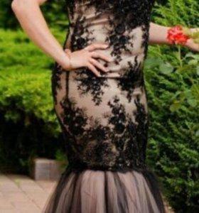 Продаю роскошное платье 48 раз