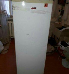 Морозильный шкаф Whirlpool wv1500w