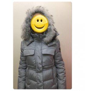 Куртка зимняя новая (пуховик).