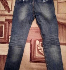 джинсы новые зауженны