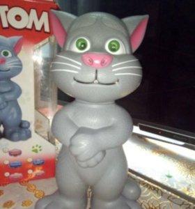 Интерактивный кот Том