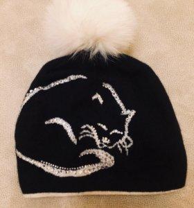 Красивая зимняя шапка