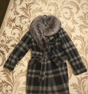 Зимнее пальто Шерсть! с мехом натуральным