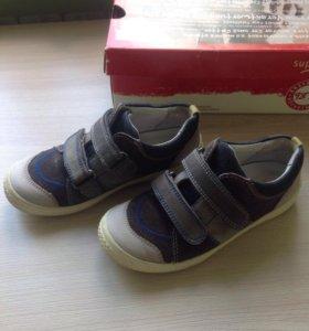 Кожаные/ замшевые туфли кеды Superfit 28 размера
