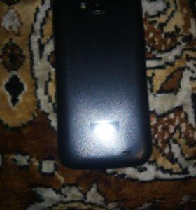 Телефон Fly iq4406
