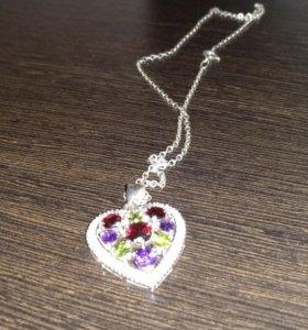 Кулон с цепочкой, из серебра, с самоцветами