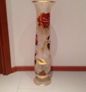Новая высокая ваза