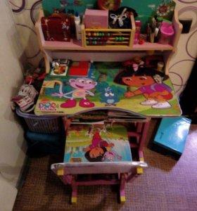 Детский стол и стульчик(Даша путешественница)