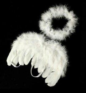 Крылья ангела и нимф