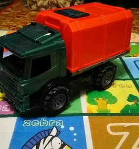 Машина - мусоровоз