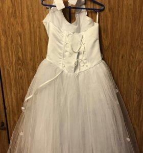 Нарядное красивое платье
