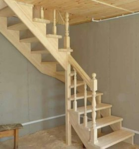 лестницы деревянные на метало каркасе