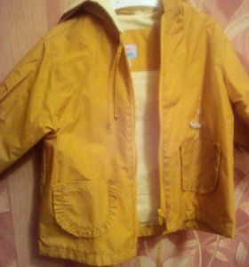 Куртка -ветровик.