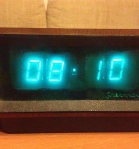 Часы настольный СССР