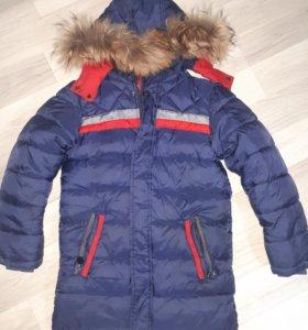 Куртка на мальчика размер 140 см.