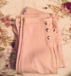 Розовые облегающие джинсы BERSHKA