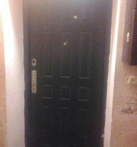Дверь уличная входная