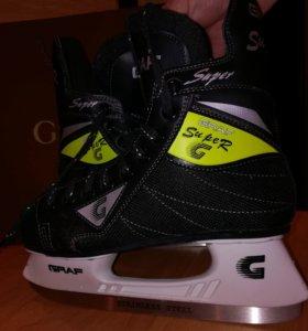 Ботинки хоккейные 40р