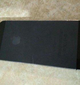 Айфон 5 ,32 гиг