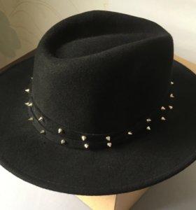 Шляпа H&M чёрная с шипами