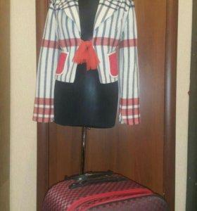 Пиджак 44 размер Италия