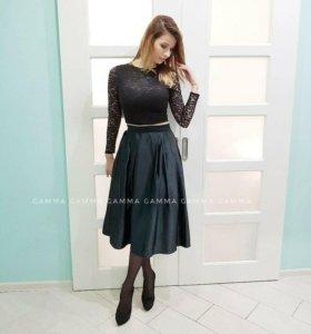 Новый костюм юбка и топ