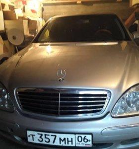 Mercedes Benz S-220 1999 г в